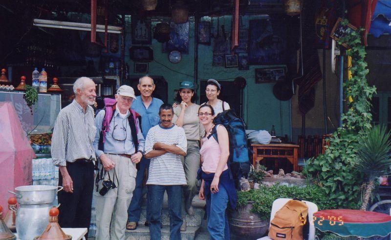 ouzaroujrestaurantmay222005.jpg
